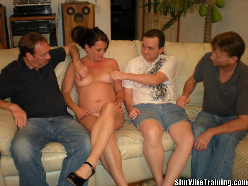Hot naked pussyfucked gallery